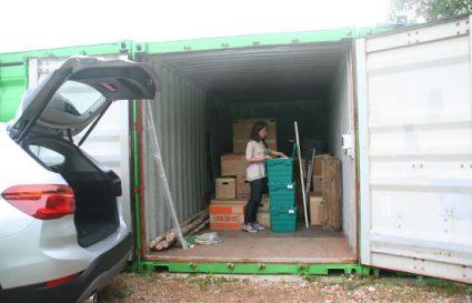 Container_offen_mensch
